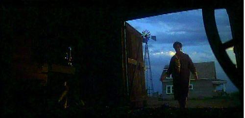 10_barn-door